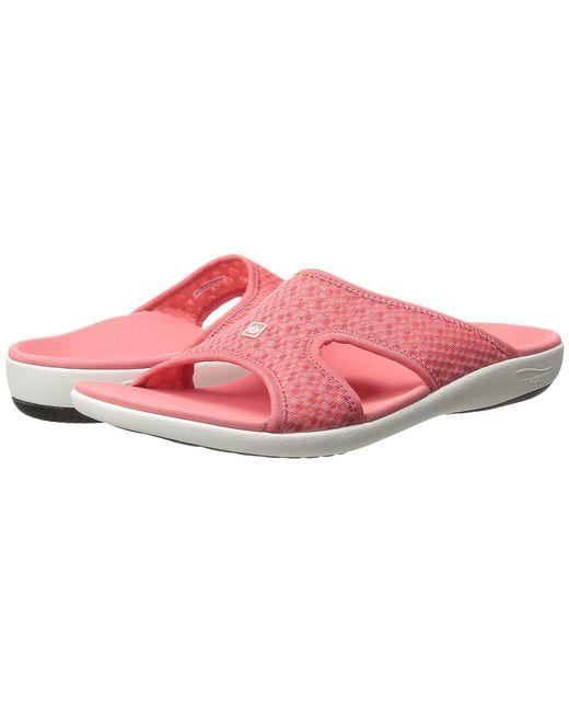 Spenco - Pink Kholo Breeze (blue/penguin) Women's Shoes - Lyst