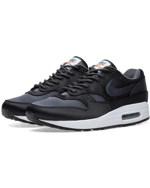 Nike Men's Black Air Max 90 Essential