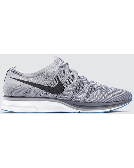 Nike Men's White Flyknit Trainer