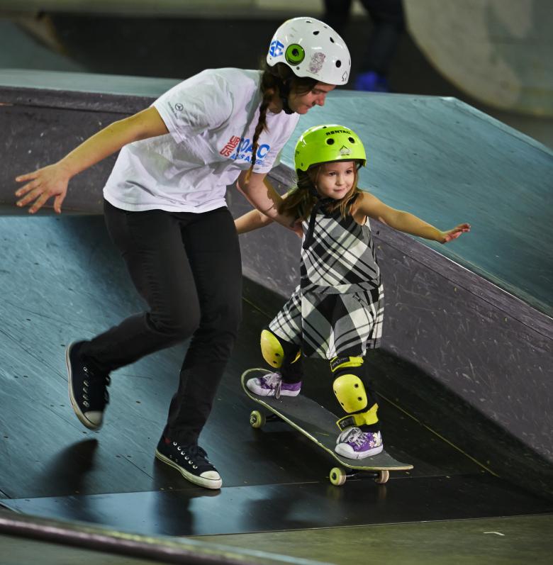 Image: Skate Like A Girl