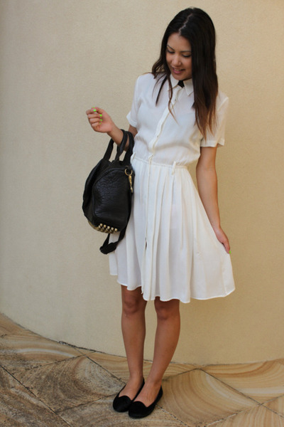 opinionslave is wearing: Antipodium paradiso shirtdress, Jeffrey...