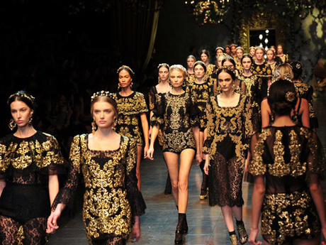 Fashion Inspiration: Baroque Black and Gold