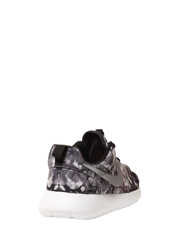 Gallery. Previously sold at: LUISA VIA ROMA · Men's Nike Roshe