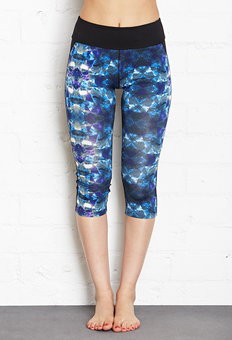 Forever 21 Active Prism Print Workout Capri Leggings in Blue | Lyst
