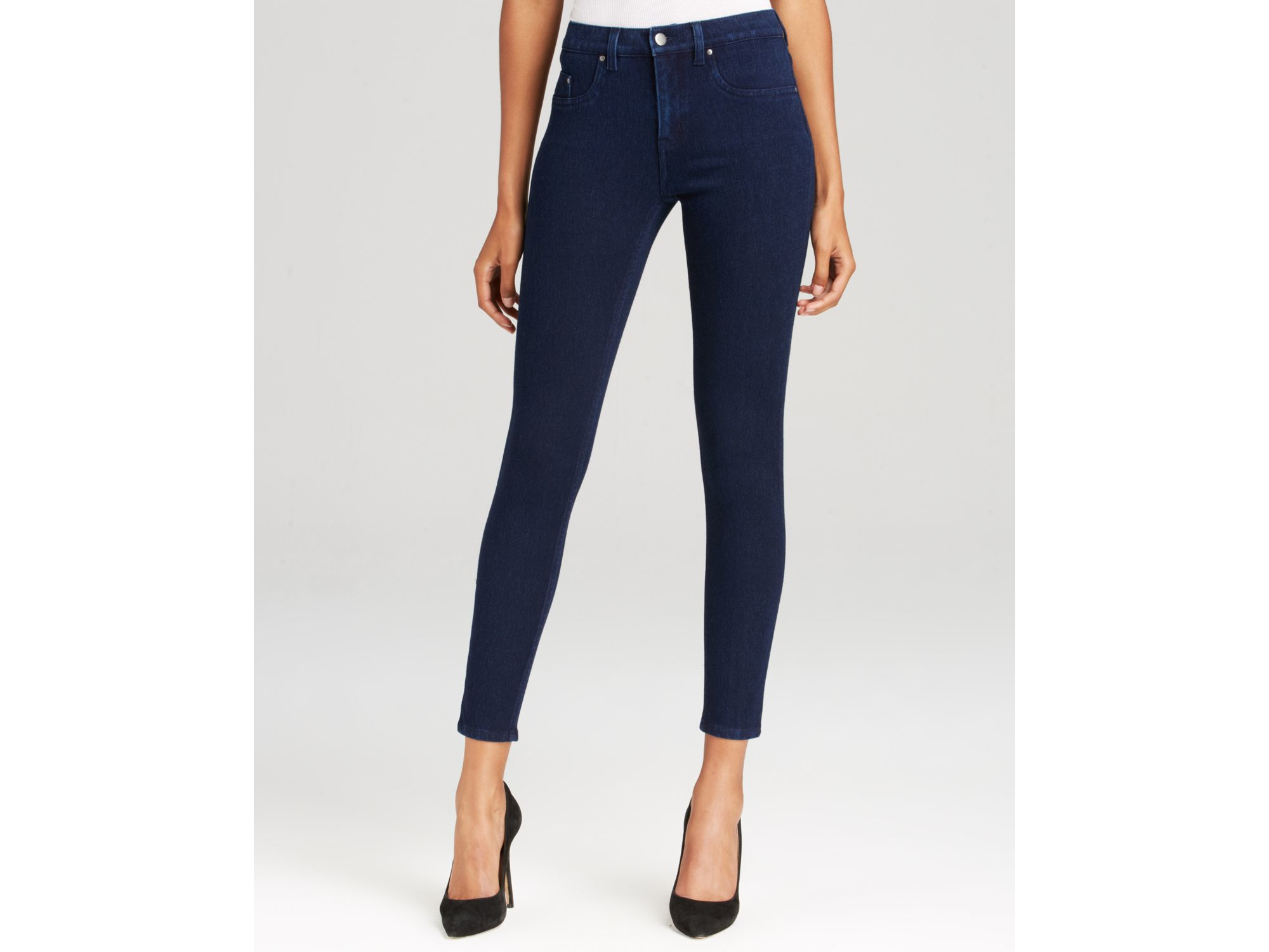 Spanx Spanx® Denim Super Skinny Jeans In Indigo Rinse in Blue | Lyst