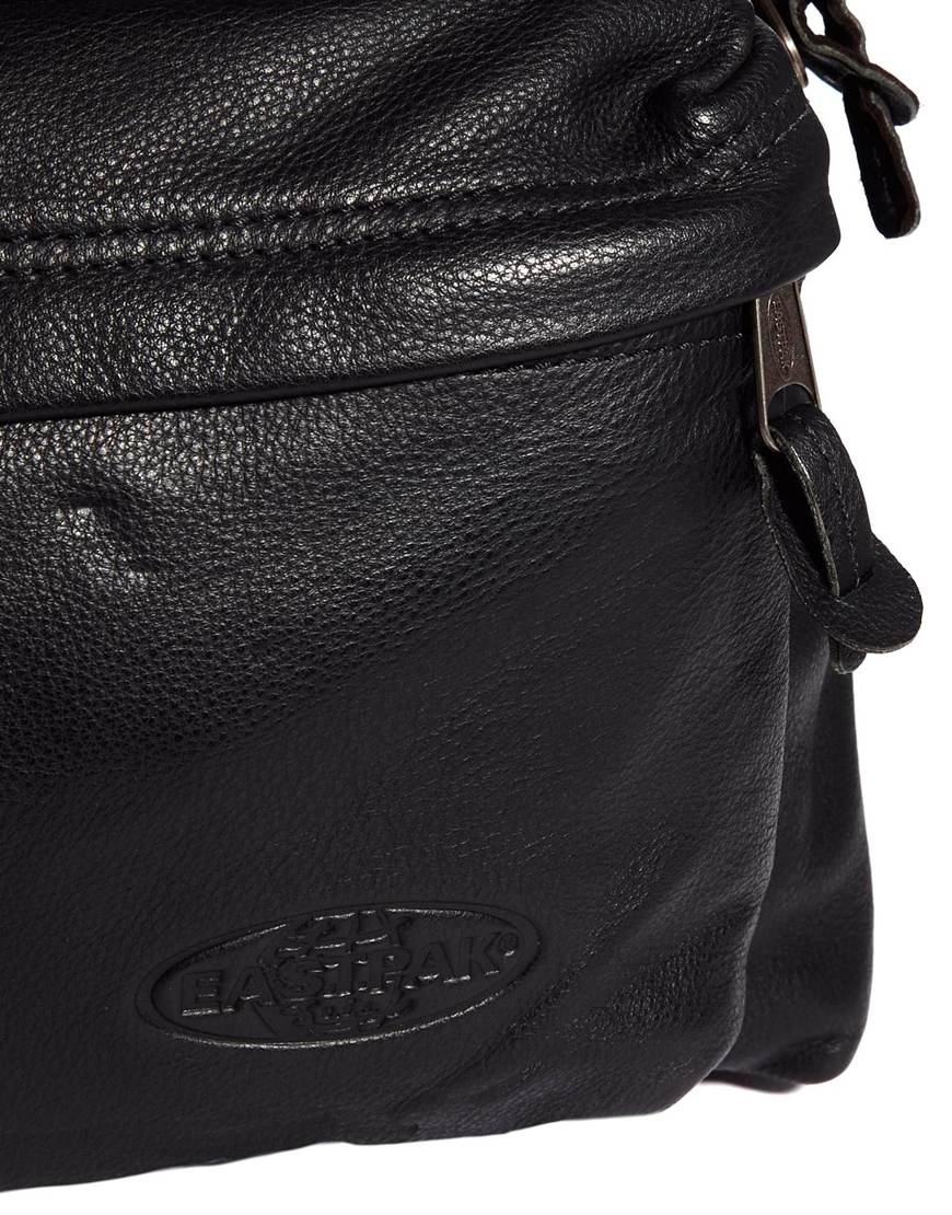 Eastpak Padded Pak'R Leather Backpack in Black for Men | Lyst