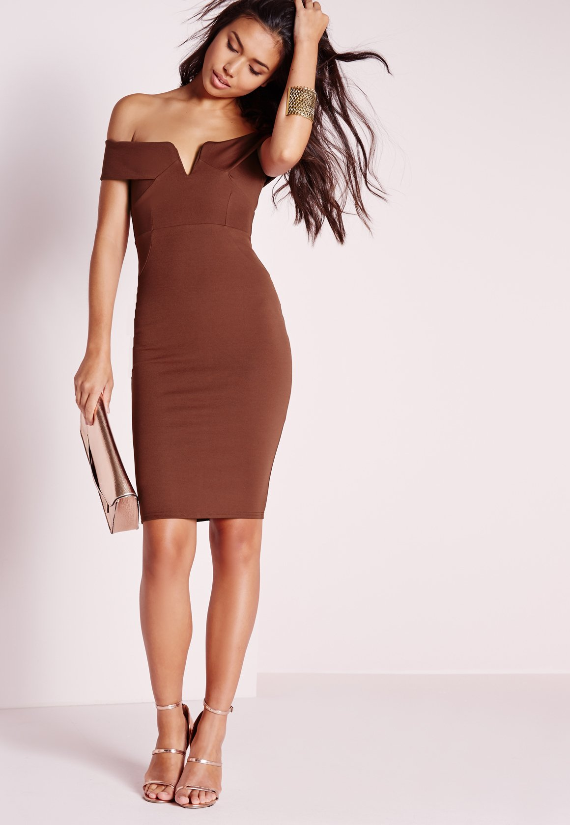 7dc38ec52116 Lyst - Missguided V Front Bardot Midi Dress Chocolate in Brown
