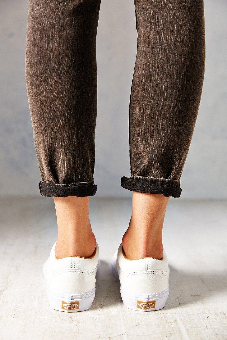 Lyst - Vans Old Skool Premium Leather Low-Top Women S Sneaker in White b7a22c390