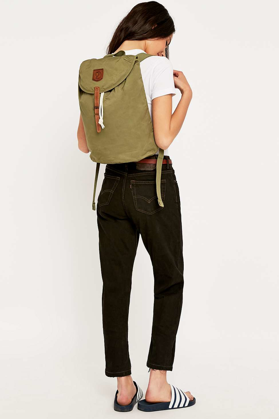 28b64ee6c Fjallraven Greenland Small Olive Backpack in Green - Lyst