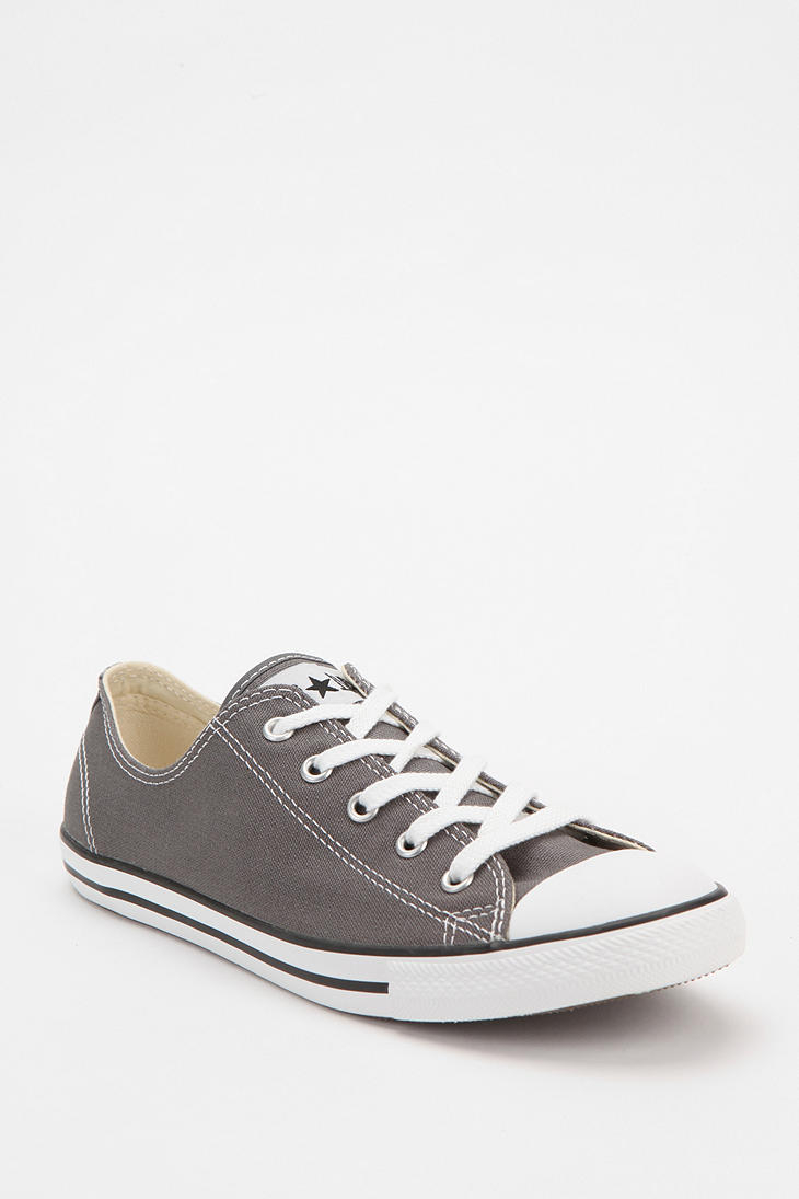 1907dba1d9d134 Gallery. Previously sold at  Urban Outfitters · Women s Converse Chuck  Taylor Women s Ecco Soft 7 Women s Converse Chuck Taylor All Star Ii ...