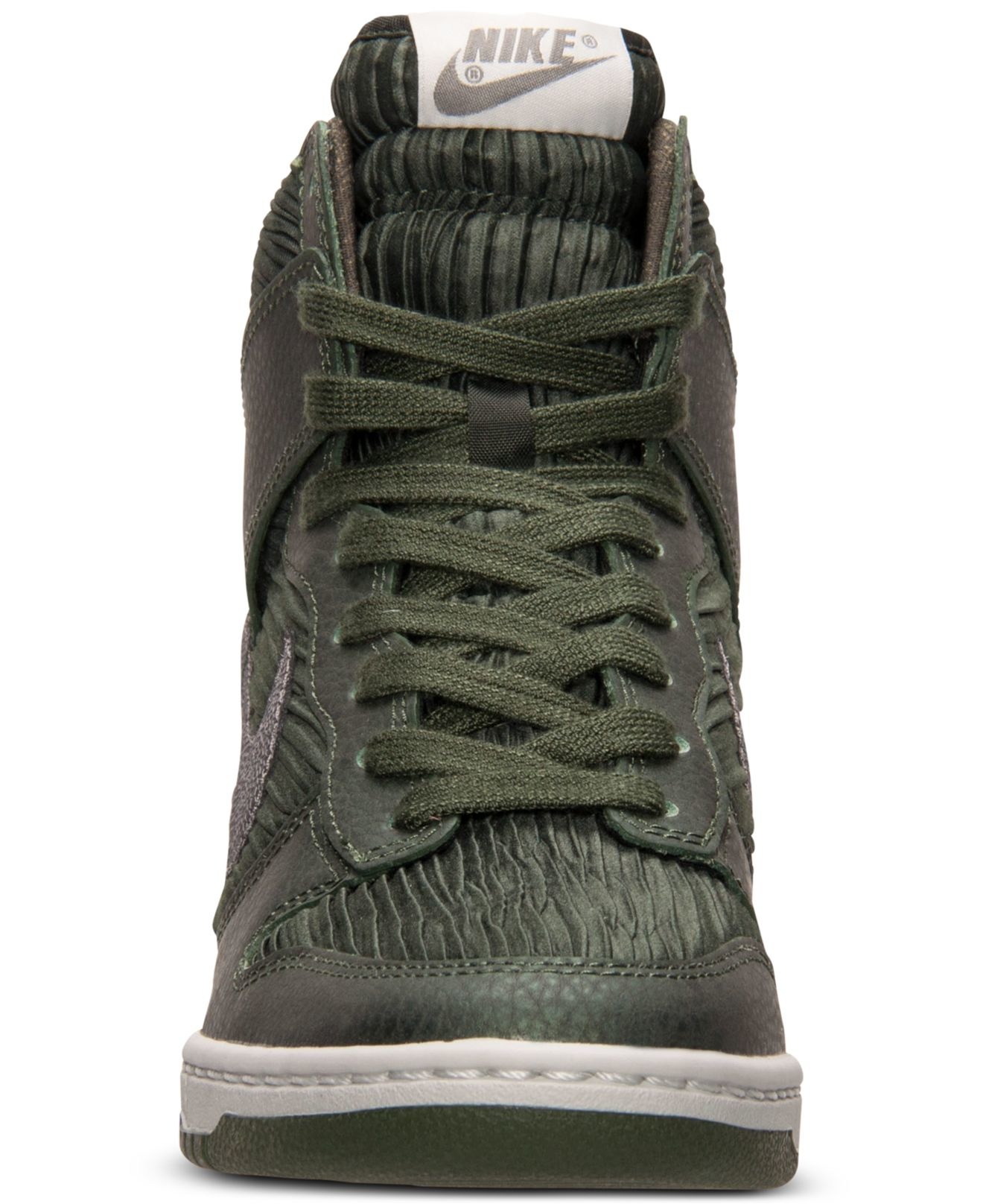 the latest f2443 97662 ... casual shoe size 8 21478 60733  amazon gallery. previously sold at  macys womens nike dunk womens nike dunk sky hi dfd04