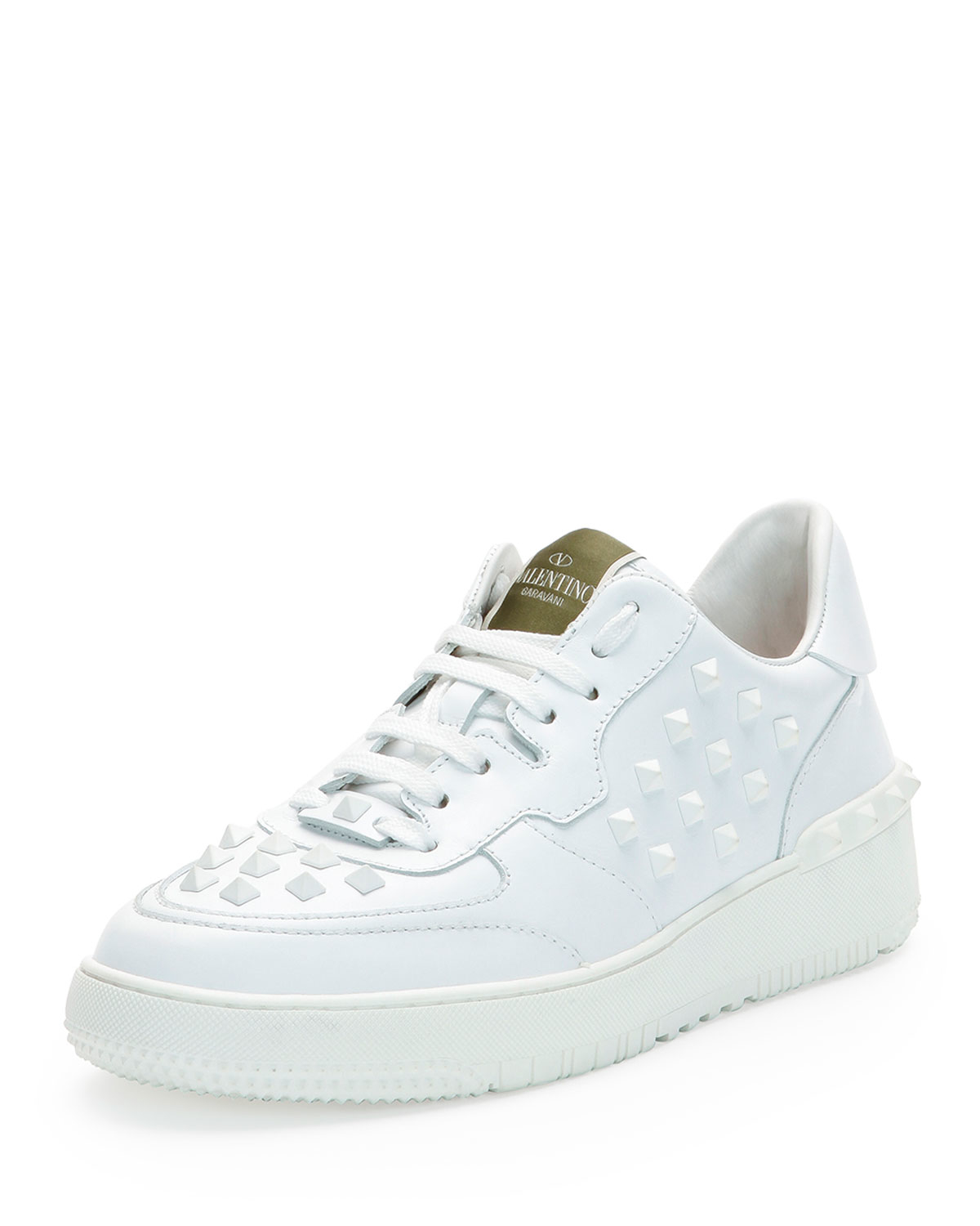 Must-have shoes for women at ZARA online. Find the perfect pair for you and receive it with FREE SHIPPING. STUDDED LEATHER HIGH-HEEL ANKLE BOOTS. PRINTED LOAFERS. LEATHER LOAFERS. LEATHER LOAFERS. THICK SOLED SNEAKERS. WHITE SNEAKERS. FASHION SNEAKERS. FASHION SNEAKERS. TRICOLOR PLATFORM SNEAKERS. COLORS. .
