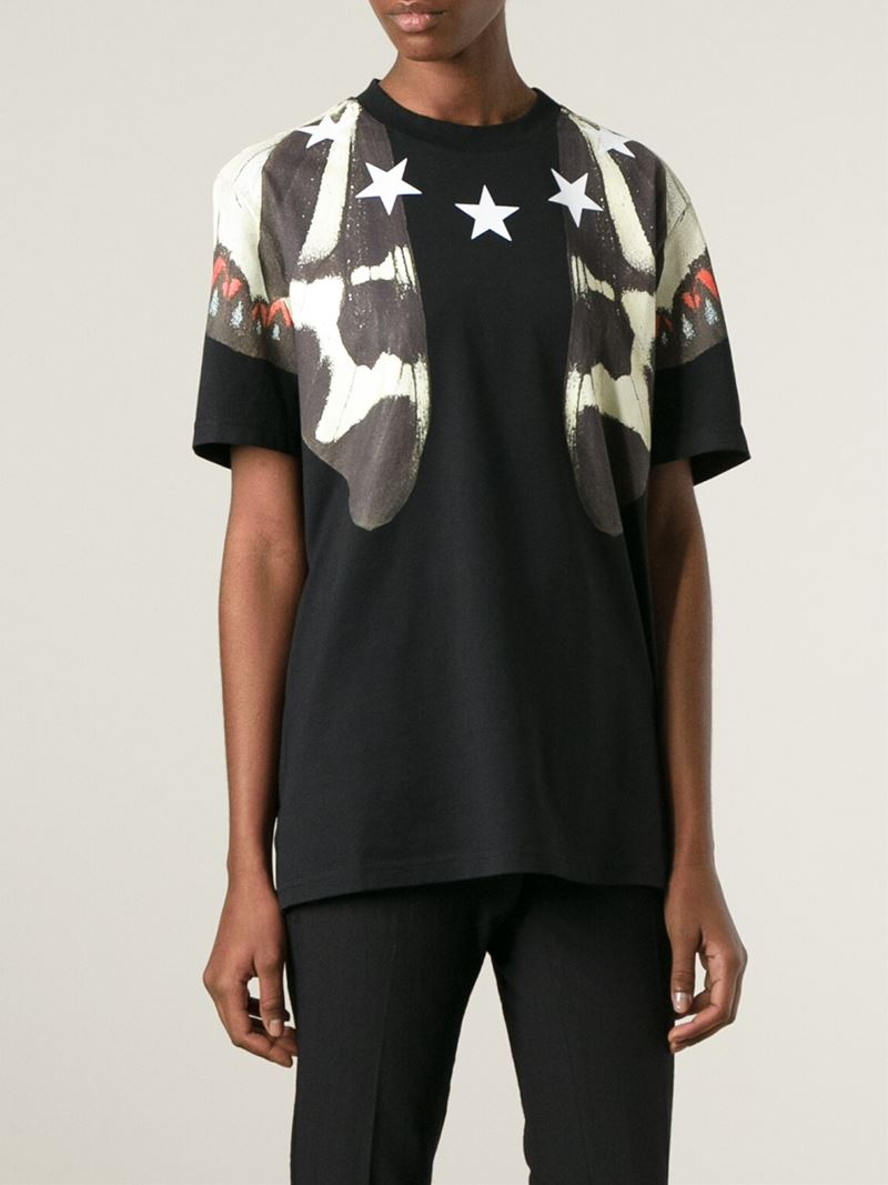 Givenchy star print t shirt in black lyst for Givenchy 5 star shirt
