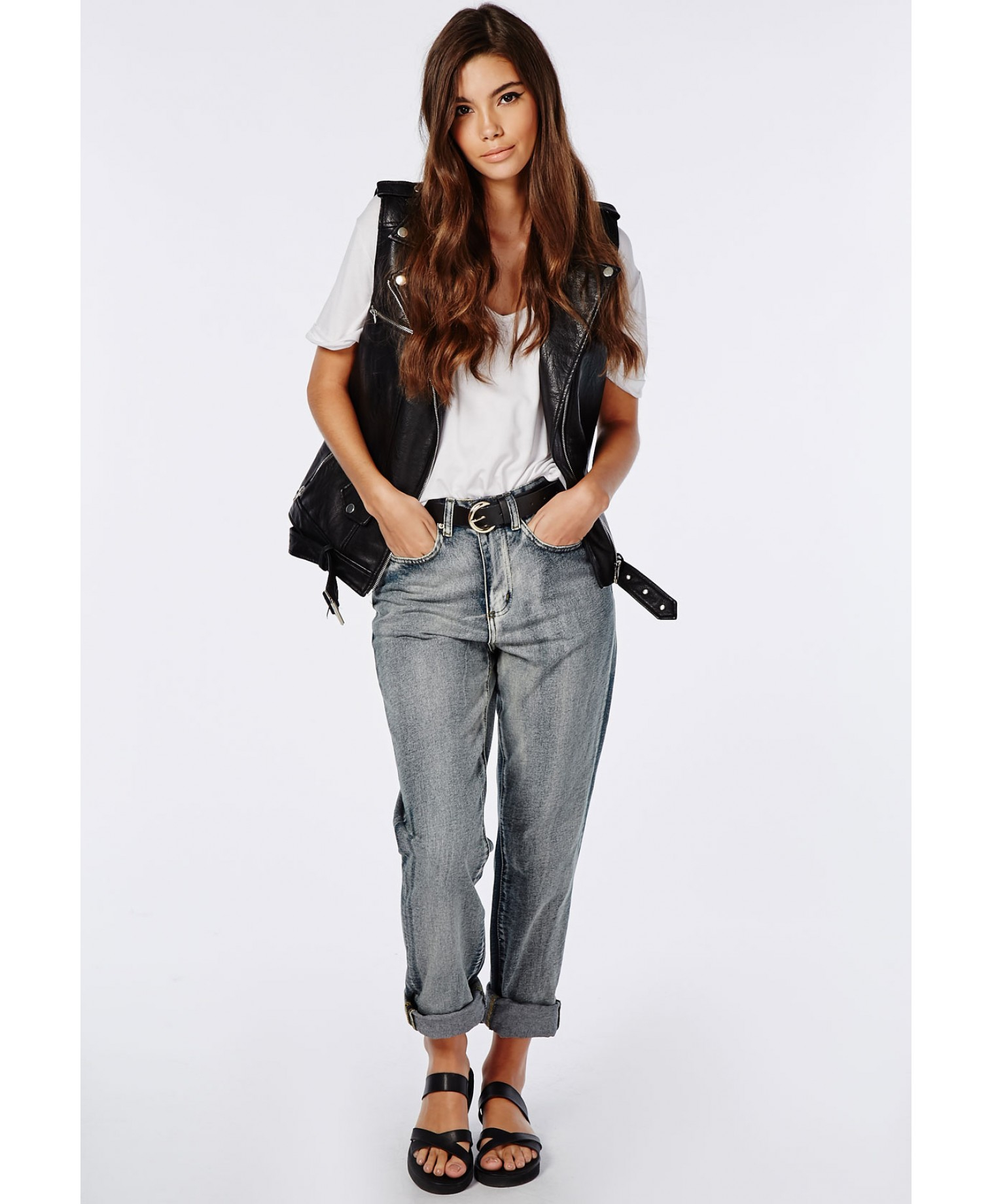 Missguided Drew High Waisted Mom Jeans In Indigo Wash Down in Blue ...