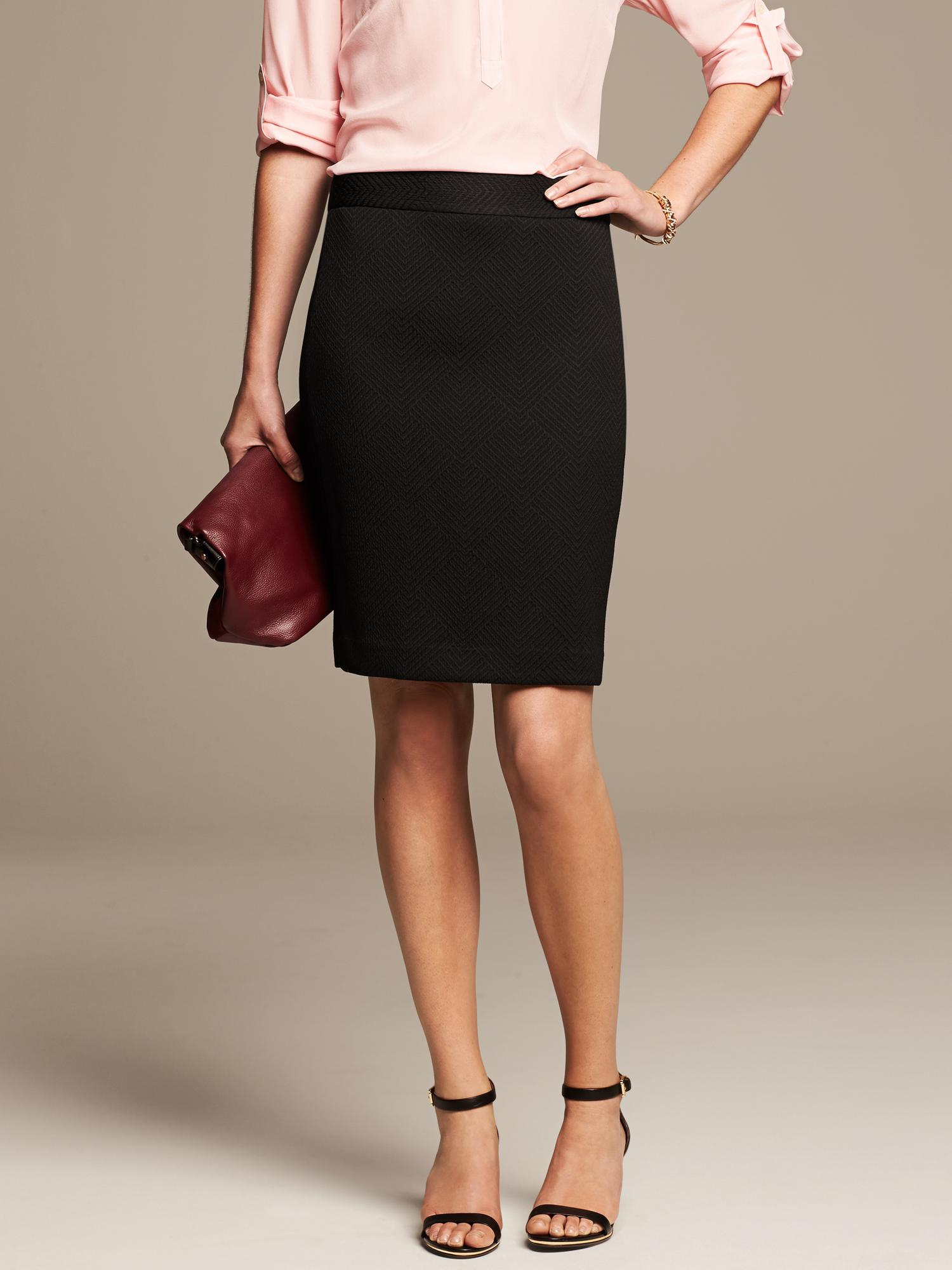 Banana Republic Tonal Texture Pencil Skirt In Black Br