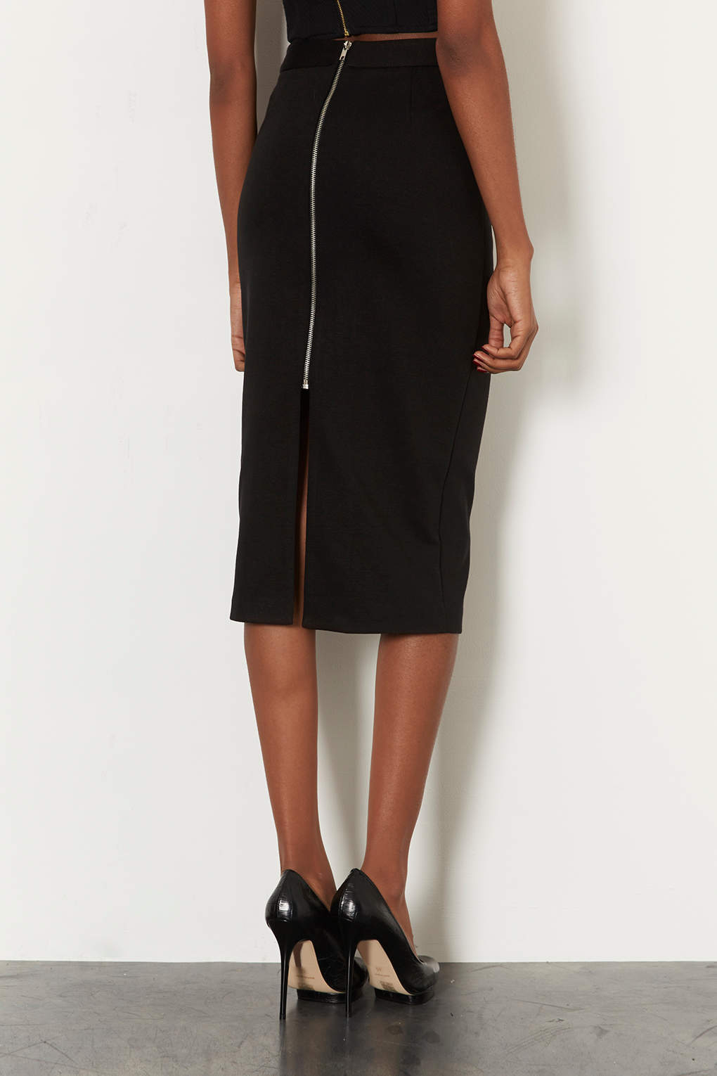 black pencil skirt with zip back dress ala