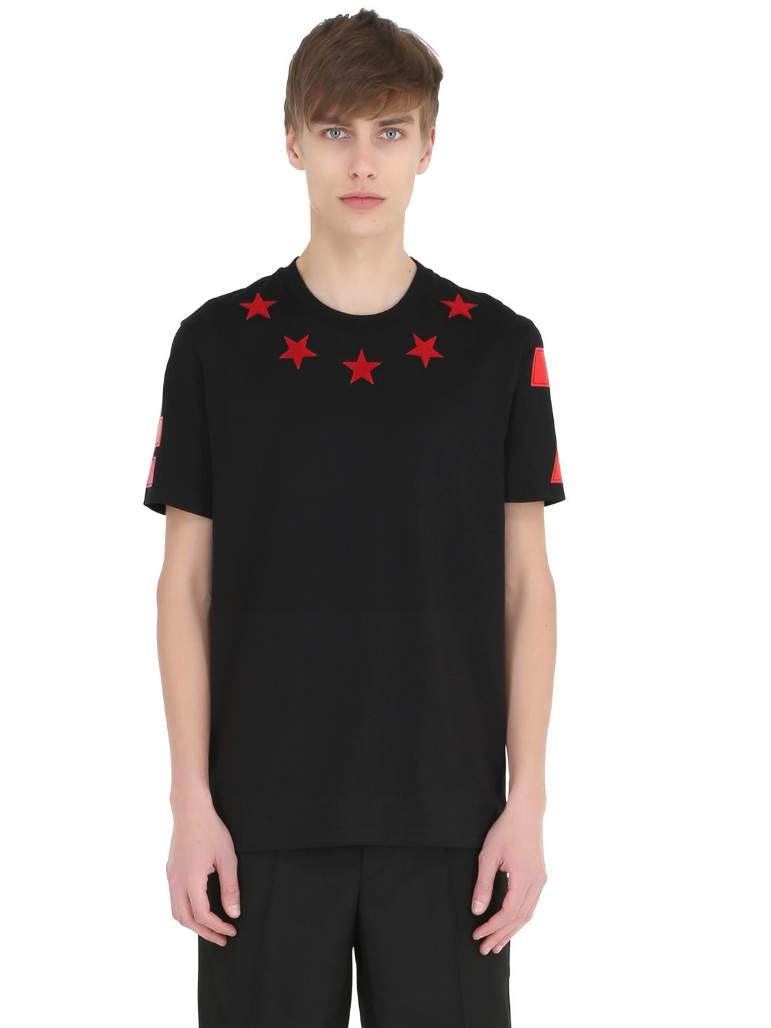 Black t shirt red collar - Gallery