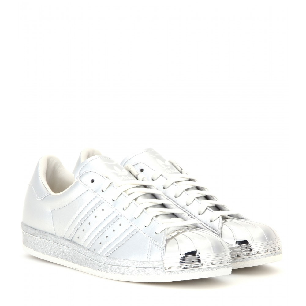 adidas originals white superstar trainers with silver metal toe cap