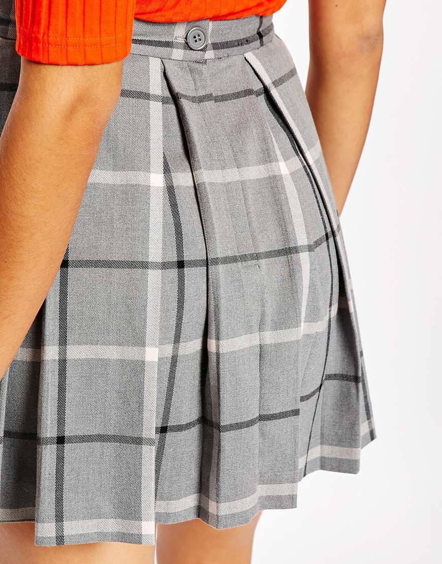 Monki Pleated Check Mini Skirt in Gray | Lyst