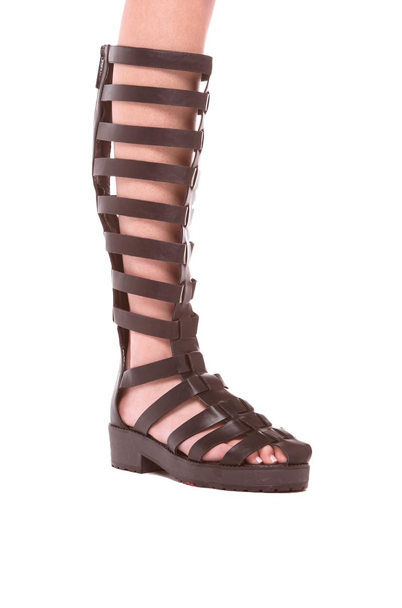 Akira Teela Gladiator Knee High Sandal In Black In Black