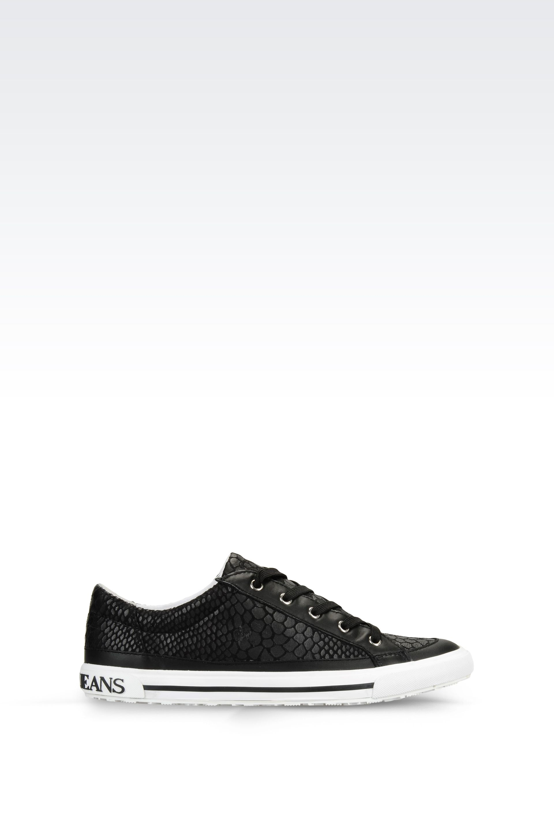 armani jeans sneaker in snake print faux leather in black. Black Bedroom Furniture Sets. Home Design Ideas
