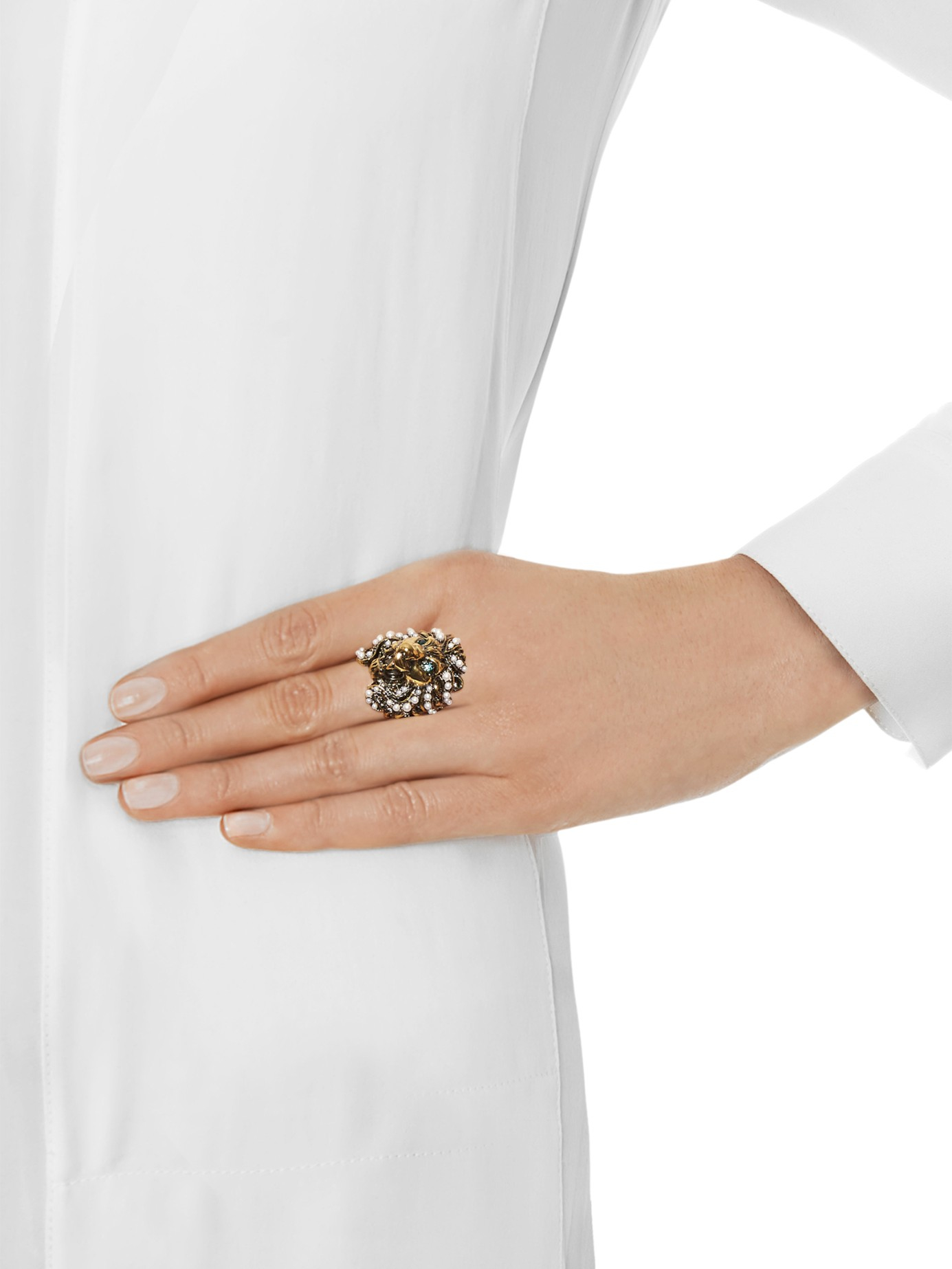 2c04578c2 Gucci Crystal And Pearl-Embellished Lion Ring in Green - Lyst