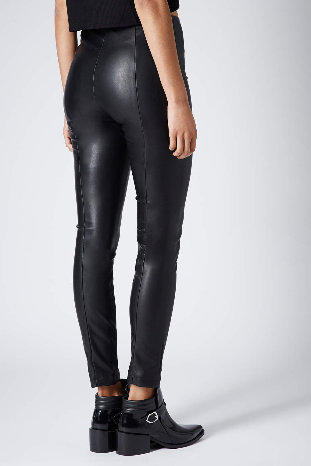 3866692deb7a TOPSHOP Super Soft Leather Look Skinny Trousers in Black - Lyst