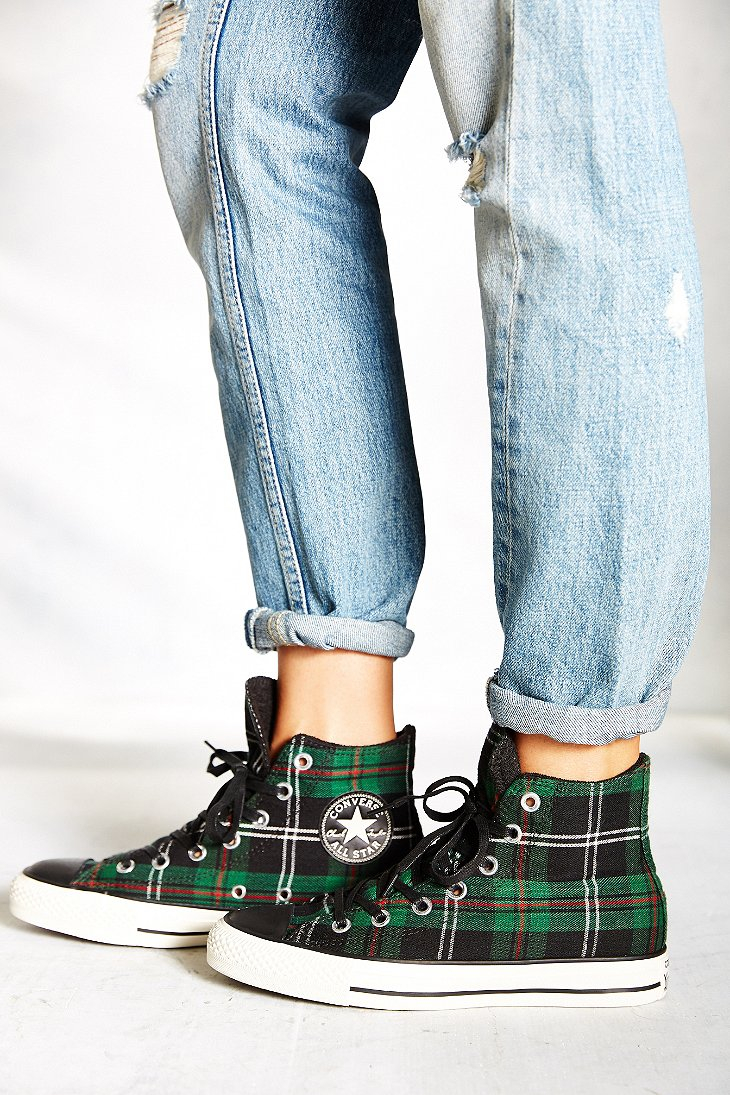 1ba970bd4e5 Gallery. Previously sold at  Urban Outfitters · Women s Converse Chuck  Taylor ...
