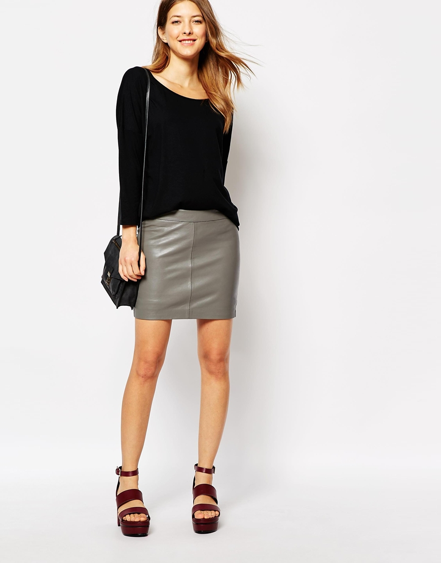 Ganni Leather Mini Skirt in Gray | Lyst