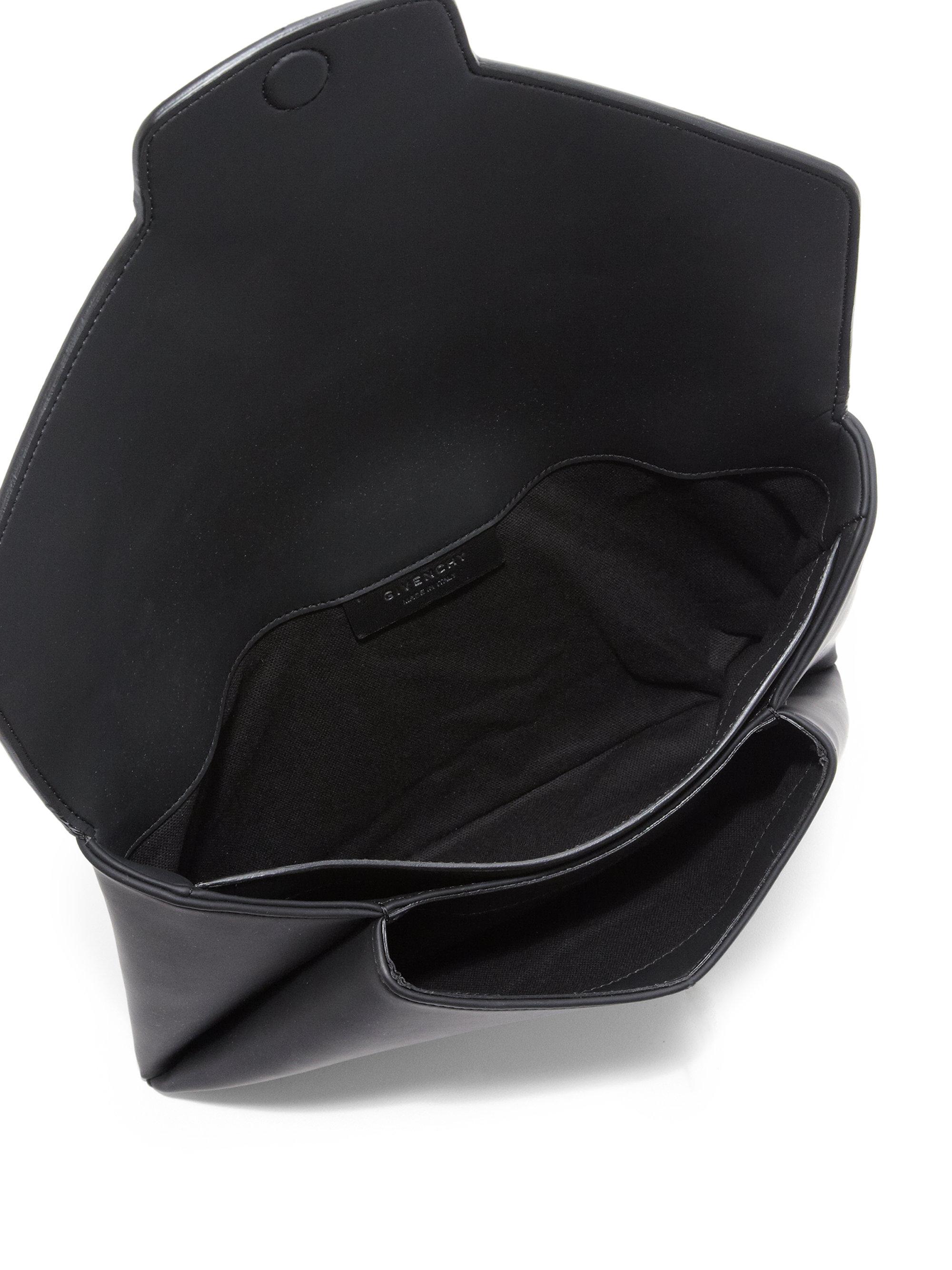 97cfe76d544 Givenchy Antigona Medium Faux-leather Envelope Clutch in Black - Lyst