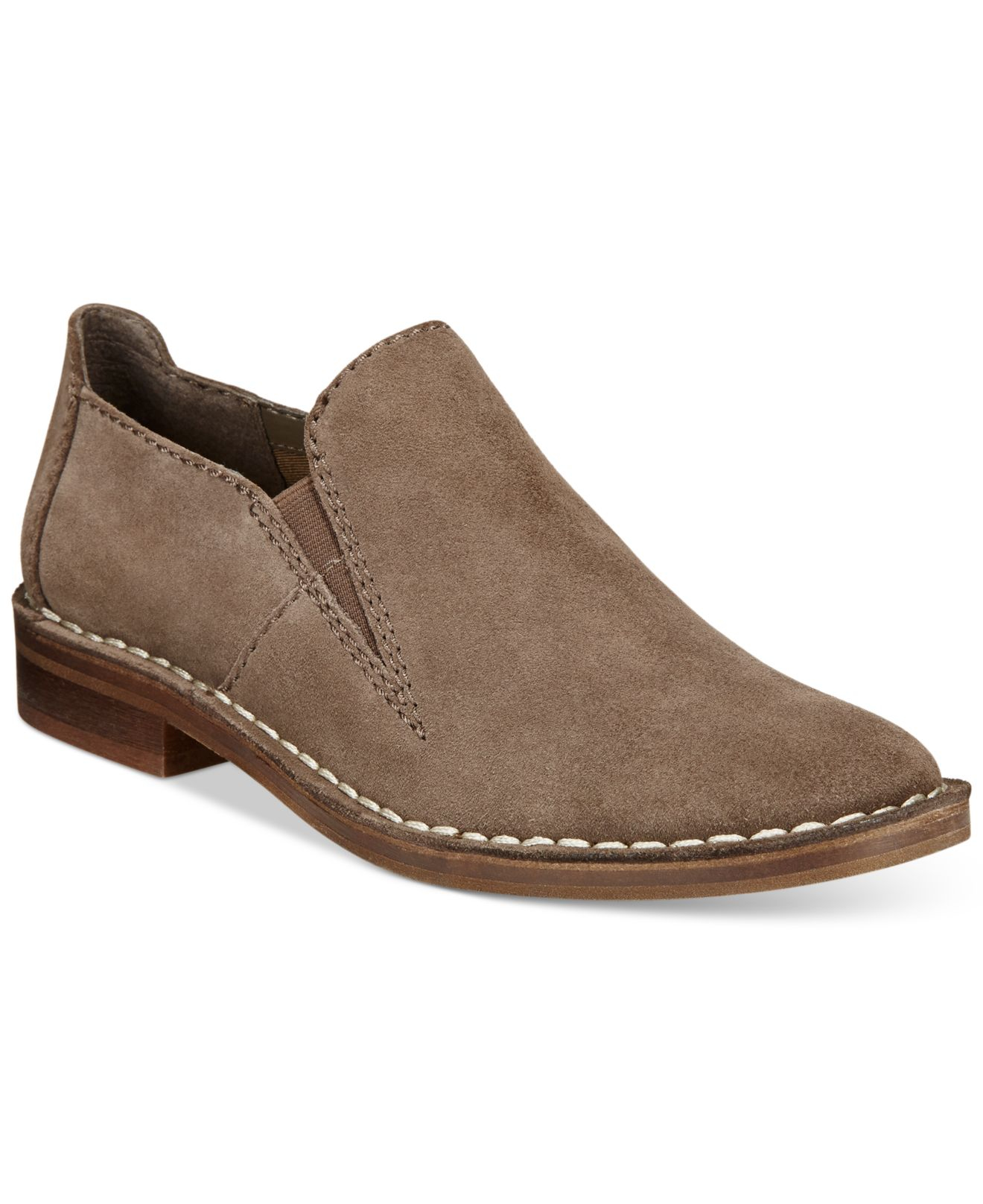 clarks point single women Women's clarks lexi complete your work or casual outfits with the wide variety of stylish and comfortable women's shoes on overstockcom heels come in a.