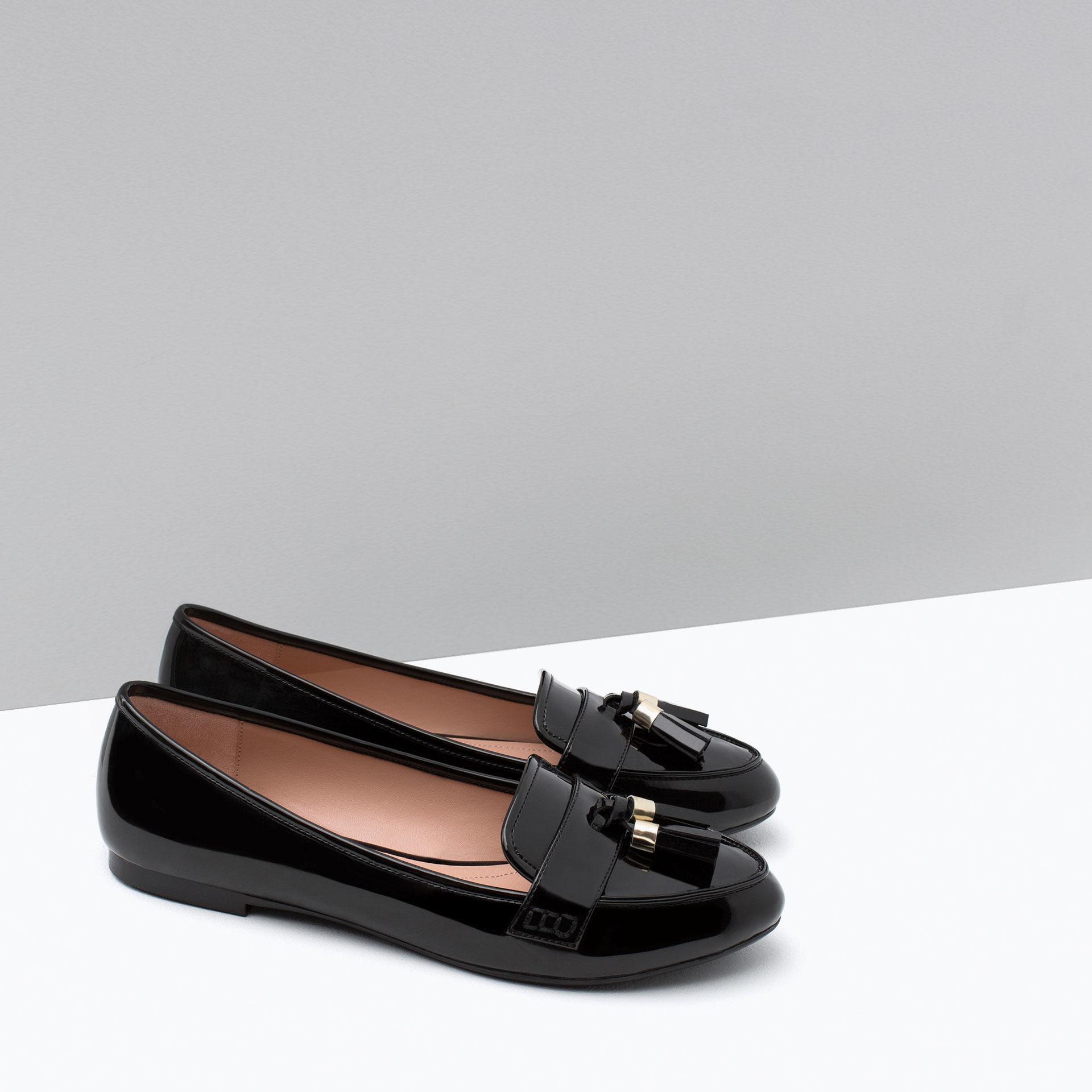 Zara Loafers With Tassels in Black