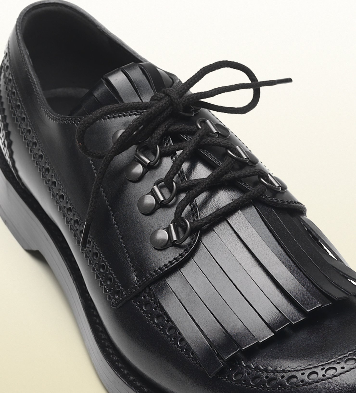 Lyst Gucci Leather Fringed Brogue Lace Up Shoe In Black