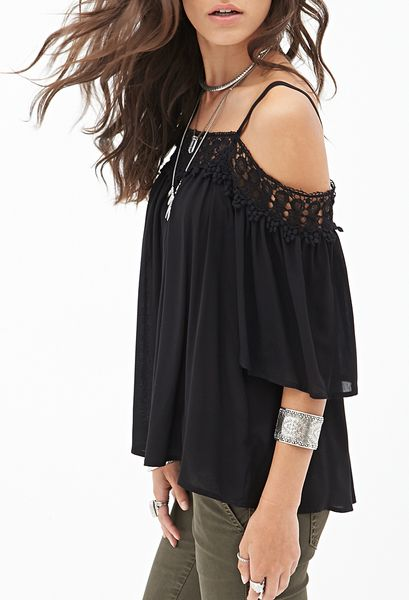 Forever 21 Off The Shoulder Crochet Top in Black (Black/black)