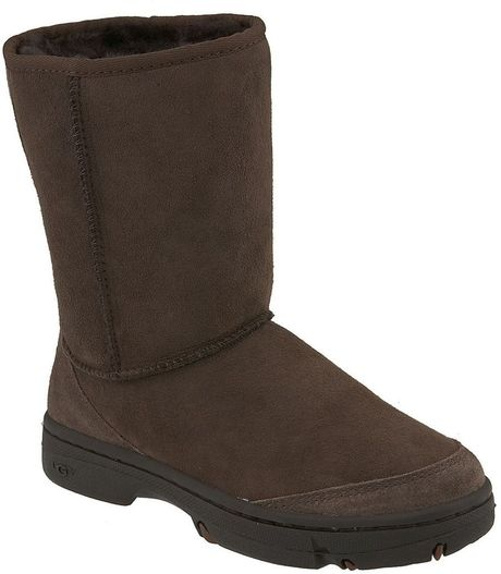 ugg australia ultimate boot in brown