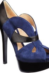 Fendi Cut-out Platform Pump - Lyst
