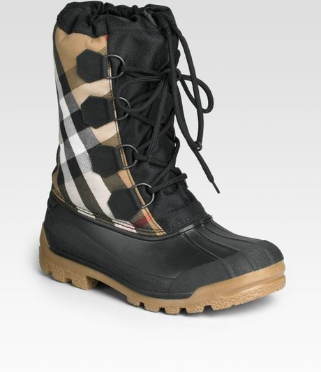 Burberry Lace-up Boots in Black