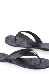 Tory Burch Thora Thong Sandals Black - Lyst