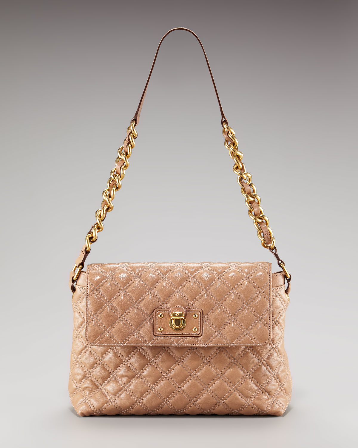 jacobs single women These deals are going fast 53% off marc jacobs women's the large single shoulder cross body handbag pink now $84000 was $1,80000.