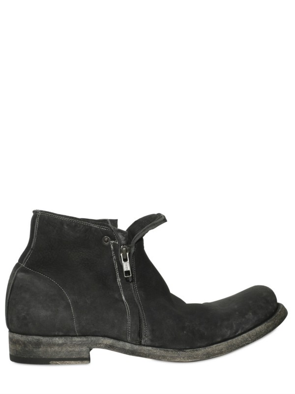 38f516abe03 Black Ugg Boots With Zips