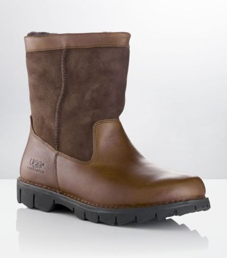 ugg beacon size 10