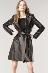 The Row Walden Leather Trench Coat - Lyst