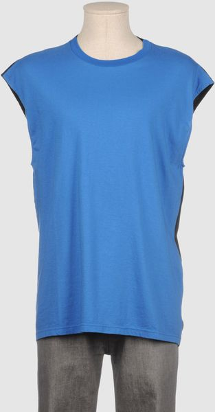 February Sleeveless T-shirt - Lyst