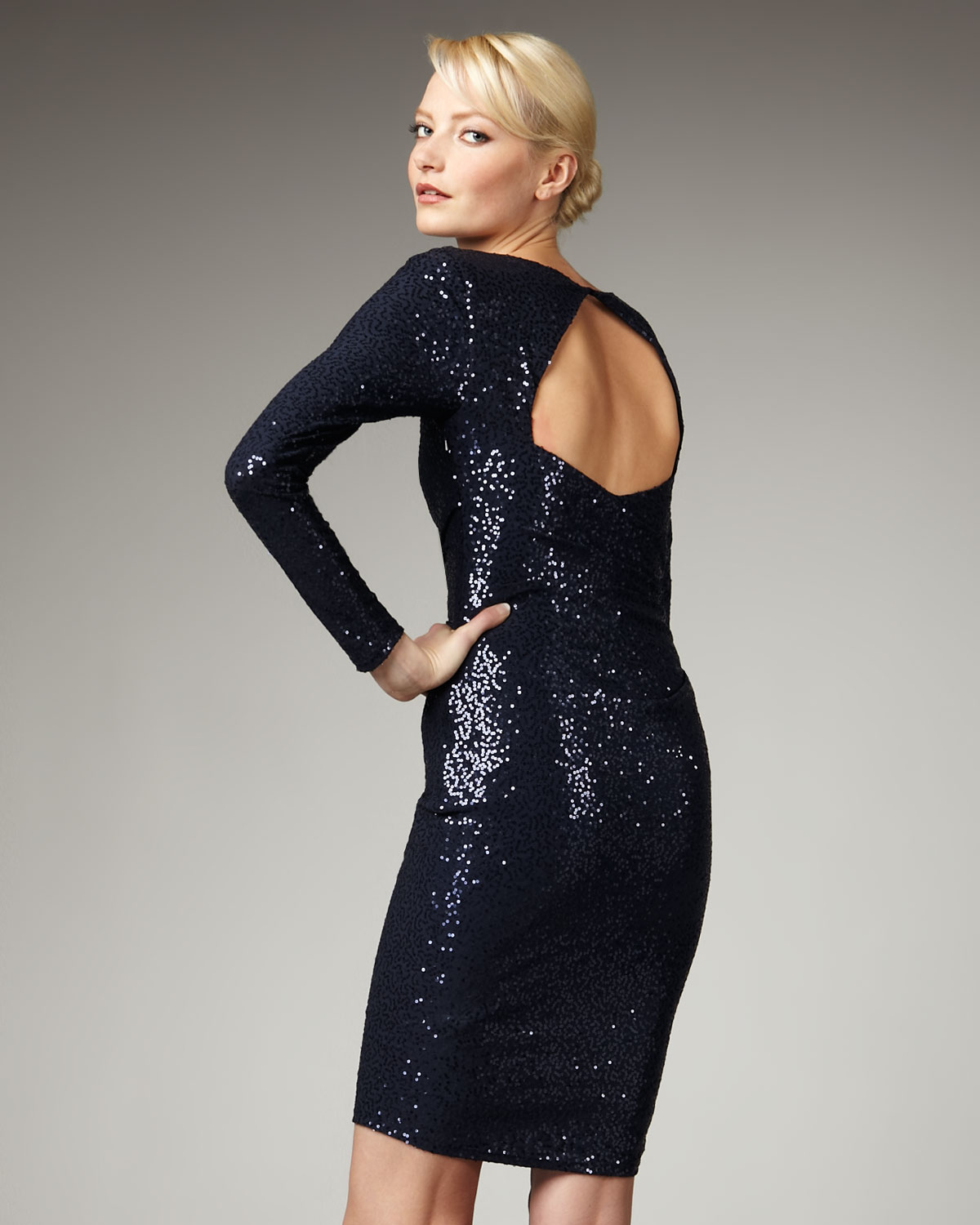 David Meister Sequined Cap Sleeve Gown – fashion dresses