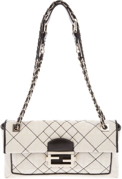 Fendi Baguette Bag in Beige (cream) - Lyst