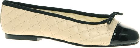 French Sole Simple Classic Quilted Ballet Flat in Beige (creamblack) - Lyst