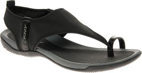 eb8af2456dedf2 Dkny Active Dkny Active Sygnal Stretch Sporty Sandals in Black