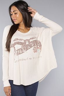 Free People The Graphic Love Bug Thermal Top in Coral - Lyst