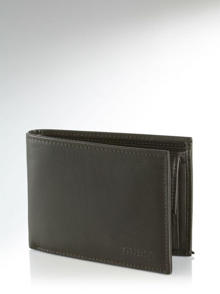 Guess Black Basic Billfold with Coin Pocket Wallet in Black for Men (brown) - Lyst