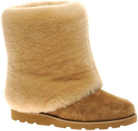 08a8a090b82 ugg sheepskin cuff boot sand mat